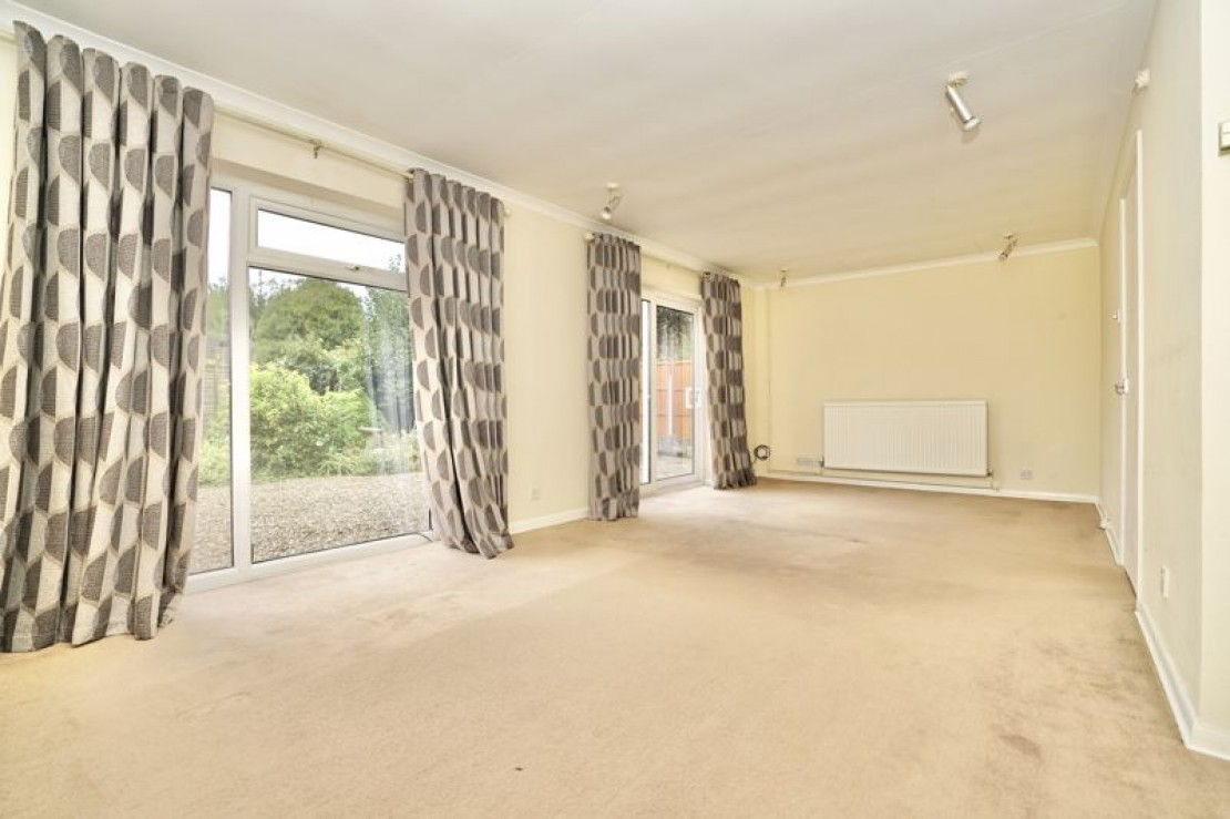 Images for Home Farm Road, Houghton, Huntingdon EAID:OliverJames BID:Oliver James